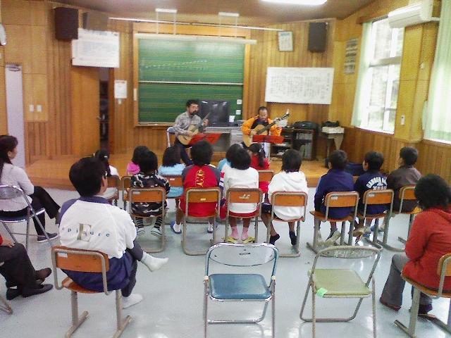 安田小学校ミニコンサート